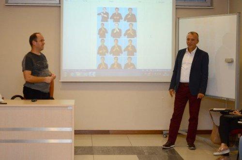 Anadolu Üniversitesi'nde 'İşaret Dili Eğitimi'