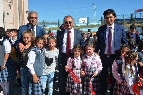 Ardahan'da İlk Ders Zili Çaldı