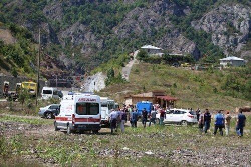 Artvin'de Trafik Kazası: 2 Ölü