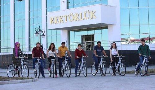 Arü'lü Öğrencilerin Bisiklet Keyfi