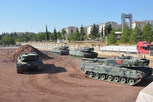 Askeri Birliklerinin Şehir Dışına Taşınması Sürüyor