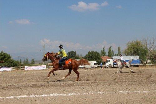 Atlı Cirit Türkiye Yarı Final Müsabakaları Sındırgı'da Başladı
