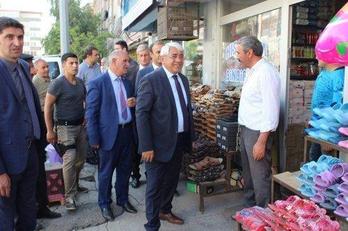 Başkan Karaçanta, Esnafı Ziyaret Etti
