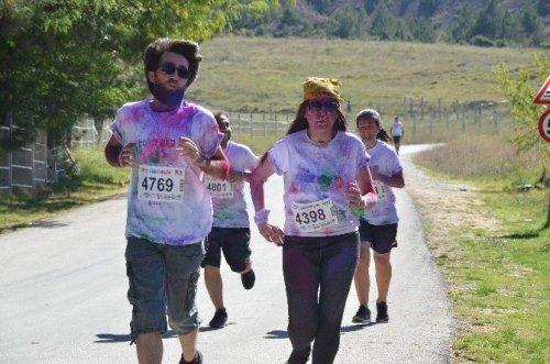 Bu Koşu Çok Renkli