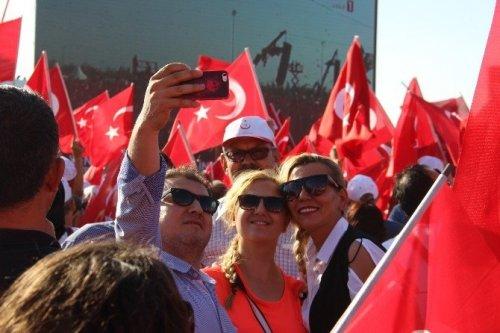 Çanakkale'de Demokrasi Ve Şehitler Mitingi