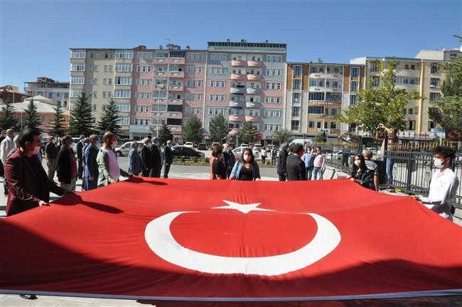 chp-cumhuriyet-halk-partisi-003.jpg