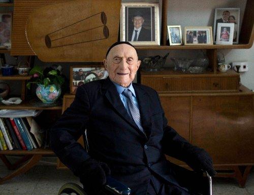 Dünyanın En Yaşlı Adamı Hayatını Kaybetti