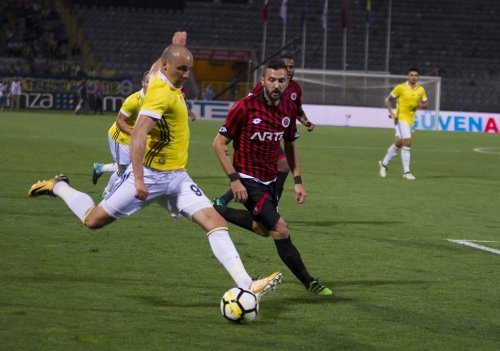 Fenerbahçe, Ankara'dan Mutlu Döndü