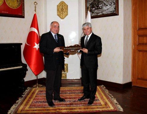 Gürcistan Başkonsolosu Mikaszadze Kars'ta