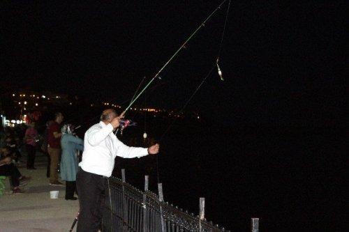 Haftanın Stresini Balık Tutarak Gideriyorlar
