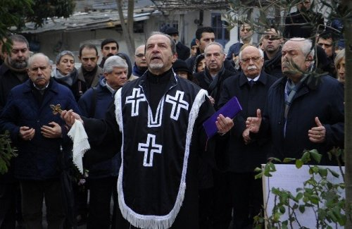 Hrant Dink Mezarı Başında Anıldı