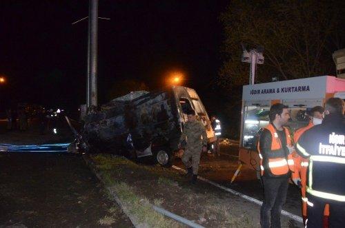 Iğdır'da Feci Kaza: 17 Ölü 38 Yaralı