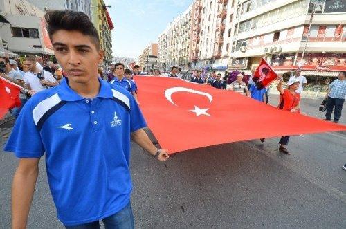 İzmir 9 Eylül'de Tek Yürek