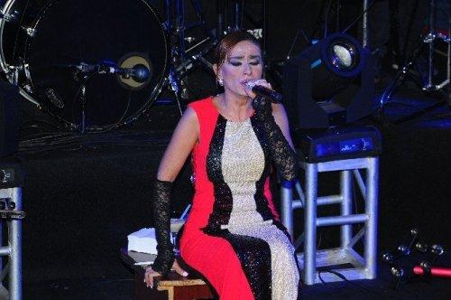 İzmir, Yıldız Tilbe İle Coşacak