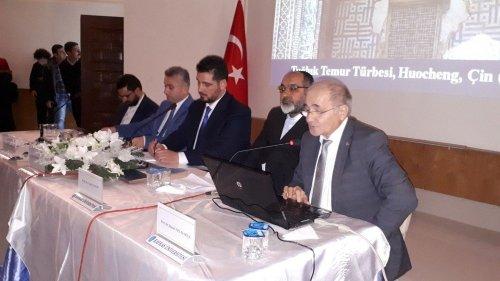 Kars'ta 'İslam'da Vahdet' Konulu Konferans