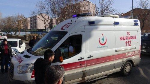 Kars'ta Trafik Kazası: 1 Ölü