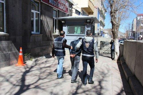 Kars'ta Yankesici Son İşinde Yakayı Ele Verdi