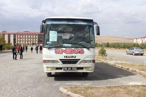 KAÜ'de 'Ünibüs' Servisi ve Çorba Hizmeti