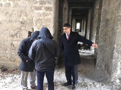 Kışla Binası'nda Restorasyon Çalışmalarına Başladı