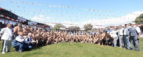 Kurtdere'nin Başpehlivanı Orhan Okulu