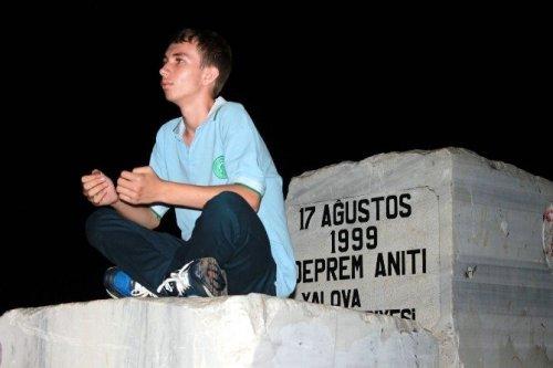 Marmara Depremi'nin 17. Yıldönümü Yalova'da Anıldı