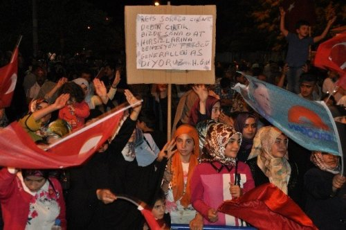 Muş'ta Şevki Yılmaz'lı Demokrasi Nöbeti