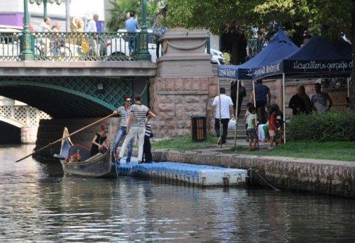 Şehr-i Aşk'ın Gondolları Sezonu Bereketli Geçiriyor