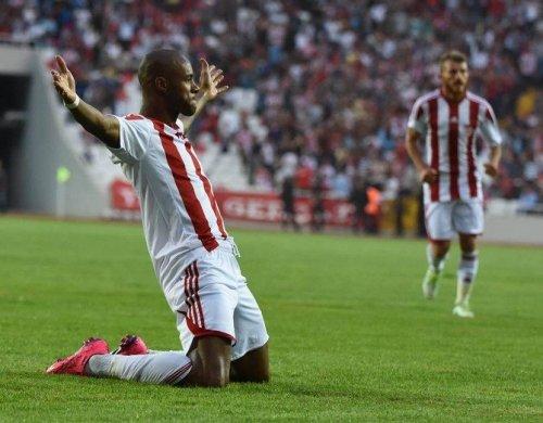 Sivasspor, Hazırlık Maçında Tokatspor'u 3 Golle Geçti