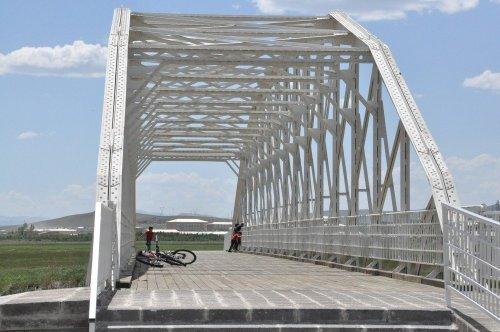 Tarihi Demir Köprü KAÜ'de