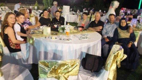 Taylandlı Geline Türk Usulü Düğün