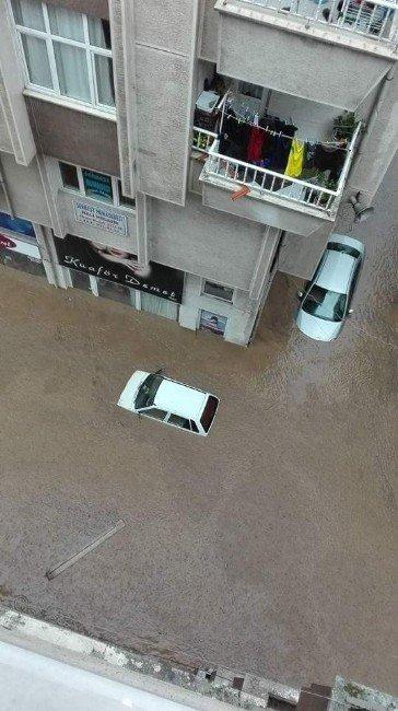 Trabzon ve Giresun'da Şiddetli Yağış