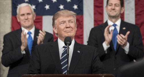 Trump, Mülteci Sayısını Düşürüyor