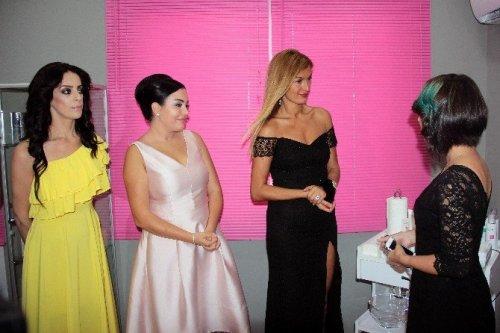 Tuğba Özay'dan Adana'da Güzellik Merkezi Açılışı