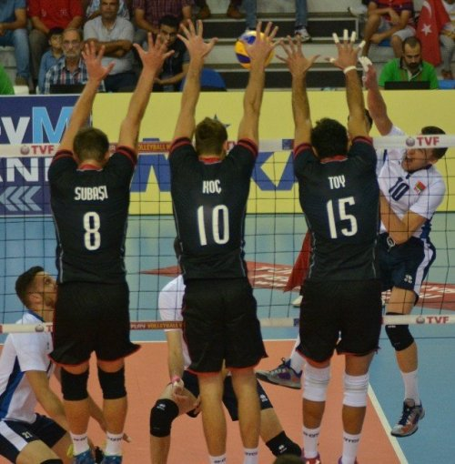 Türkiye, Belarus'u 3-0 Yendi