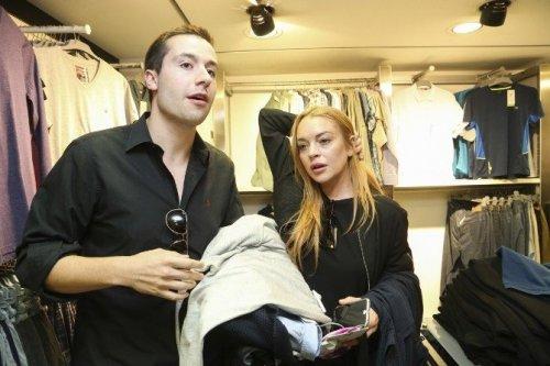 Ünlü Hollywood Starı Suriyeli Aileyi Ziyaret Etti