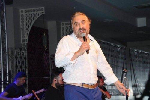 Volkan Konak İzmir'de Konser Verdi