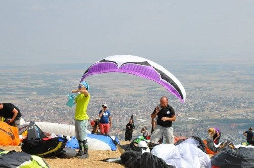 Xc Open Yamaç Paraşütü Şampiyonası Akşehir'de Başladı